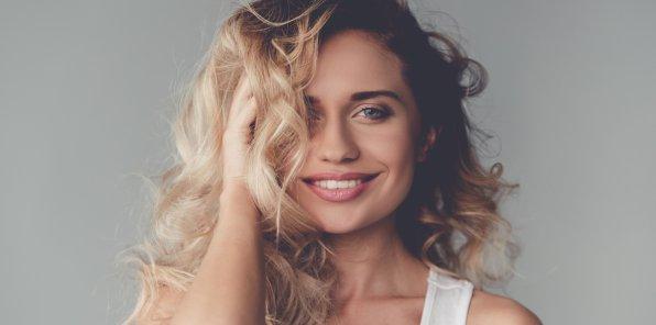 -81% на услуги для волос в салоне Vanilla Locco