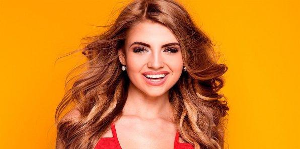 -60% на услуги для волос в салоне «Перламутр»